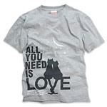 Tシャツ:ALL YOU NEED IS LOVE
